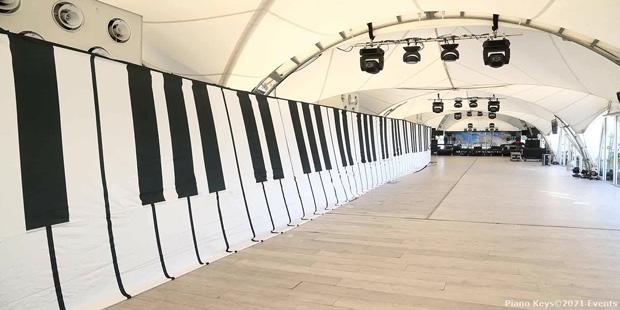 Piano Key Drape Setup